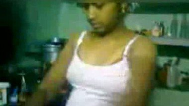 Desi bhabi wearing dress free porn show for lover