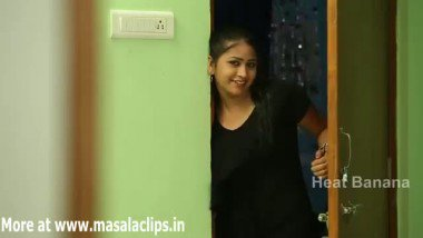 Desi Girl Sharing her Boyfriend with Sister