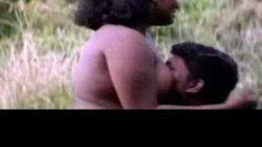 Tamil Village Aunty River Sex