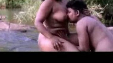 Mallu Sex in River