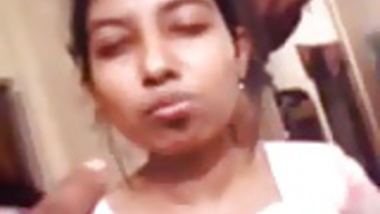 Bangladeshi Teen Girls Smoking & Danching