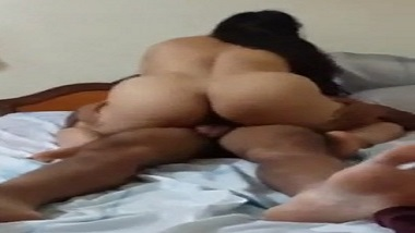 Huge ass desi wife sexy video fucking with hubby