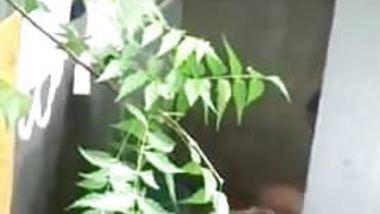 Big boobs Desi bhabhi nude bathing neighbor boy caught