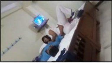 Fingering South Indian Bhabhi In Hotel