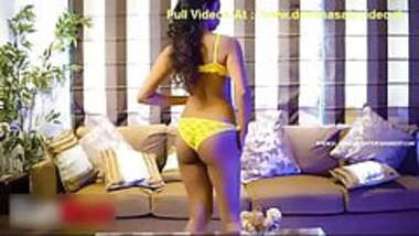 Indian desi college girlfriend hot ass in thong