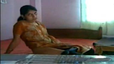 Sexy kannada bhabhi selfie masturbation video