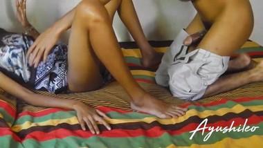sri lankan homemade couple hidden cam leaked පොඩි කපල් එකක් ලීක් කරගෙන