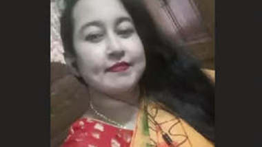 Bangladeshi Bhabhi On Video Call
