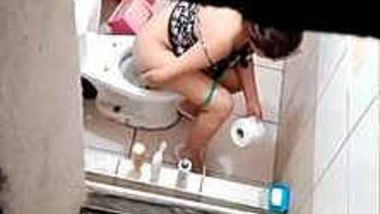 Voyeur poop Toilet: 3103
