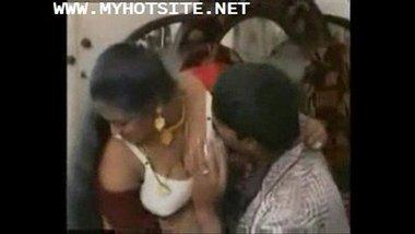 Telugu aunty ki apne purane premi se hot sex masti