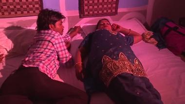 Hot and Sexy Grade Short XXX Film With Desi Bhabhi